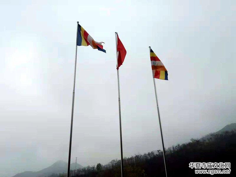 华夏寺庙文化网主编一行参访山东淄博竹林寺