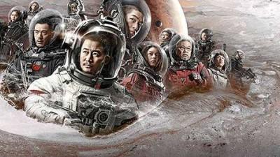 人民娱评:提气!内地电影票房提前24天突破600亿元