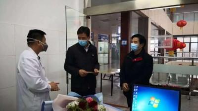 同心抗疫情,聚力谋发展——界首市委统战部积极做好赴武汉及阜阳二院一线防疫人员家属慰问工作