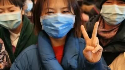 疫情期间,五位女大学生给武汉打去上千个电话