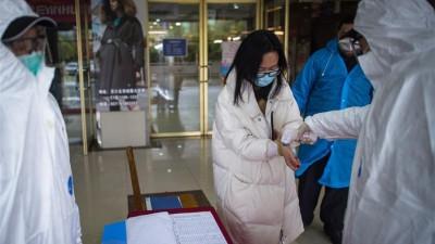 武汉首个大型商贸综合市场恢复运行
