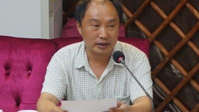 胡杨礼赞——致最美乡村教师崔荣德
