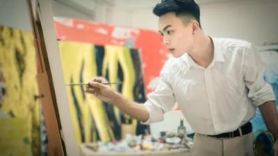 那个16岁成名的圆珠笔画天才,高考落榜,现状如何让人泪目
