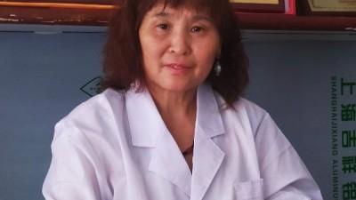 一门六代医  医德永相传——中医世家韩冬梅与儿子朱琳