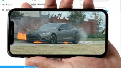 开特斯拉差点没命!车主:开着车电池突然炸了,车已烧毁
