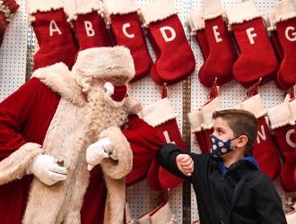 圣诞季全球忙防疫!2020年不一样的圣诞节