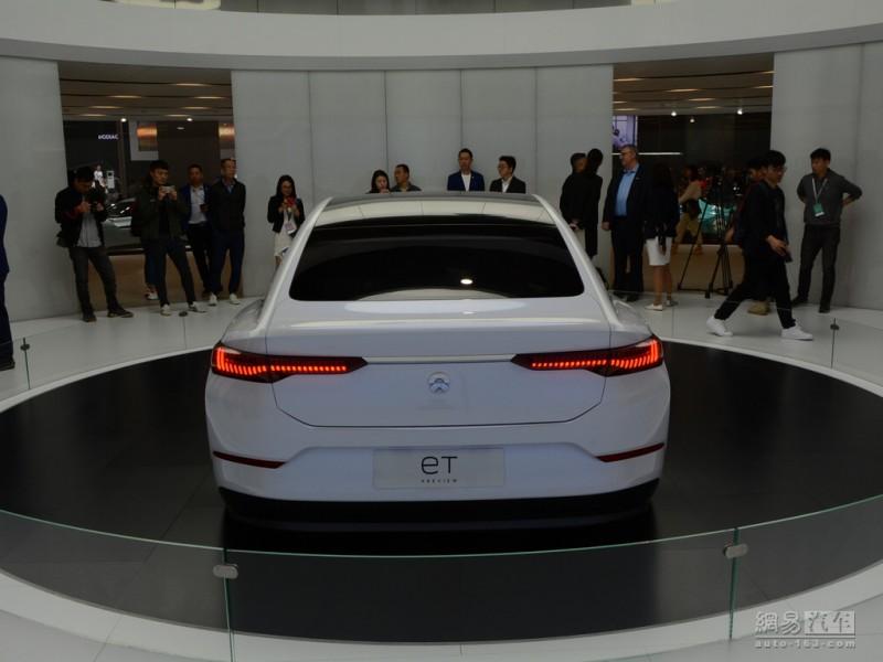 """新能源汽车销售猛增现象调查:为何突然""""破圈""""?"""