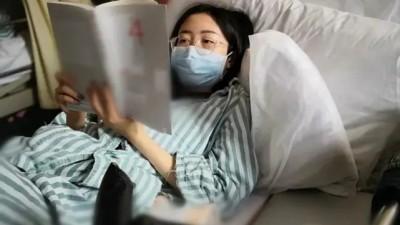 父母双双患癌后,28岁名校金融女也被查出癌症晚期!她的自救方式,刷屏了