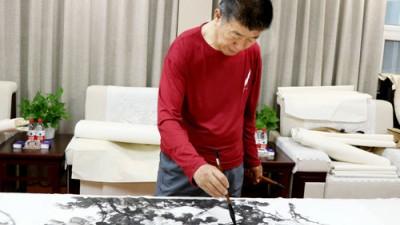 李伟民:以新时代艺术视角创作书画之魂