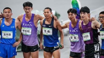 全运400米集体爆发!26岁四川飞人45秒54夺金 前三名均打开46秒
