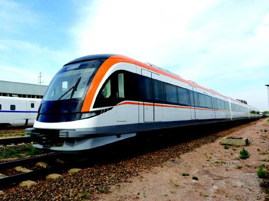 都市快轨列车跑出加速度
