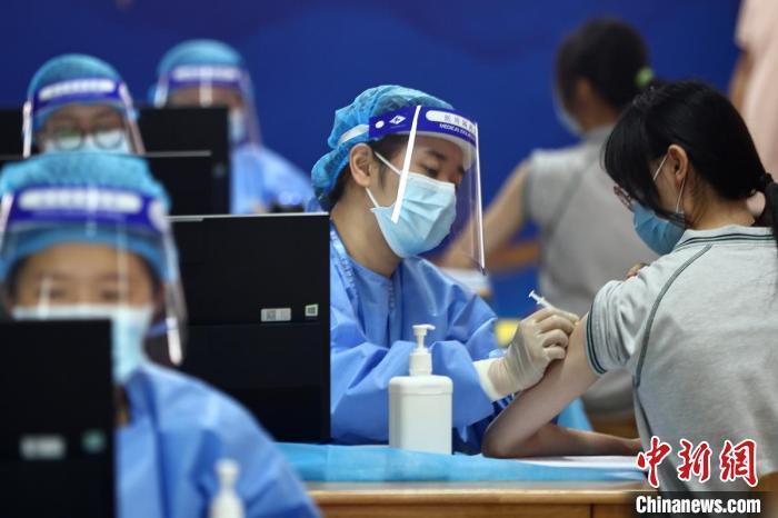 10余省份开打新冠疫苗加强针,哪些人群可打?